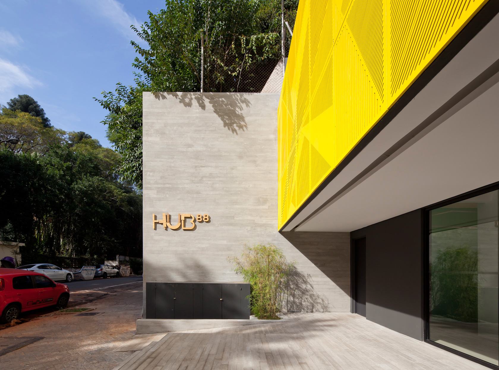 HUB_1